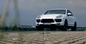 Porsche Cayenne Turbo S (New 2013)