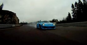 Porsche 997 GT3 vs 993 GT2 Evo (Track Racing)