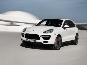 В Porsche подготовили к серийному выпуску кроссовер нового поколения Cayenn ...